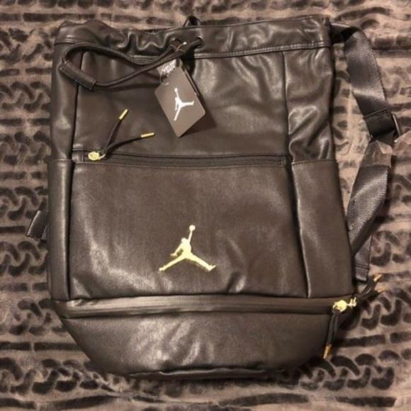 2cf92abc878c13 Nike Air Jordan Skyline City Portage Bag- NWT